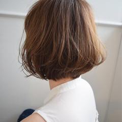 ウェットヘア ゆるふわ フェミニン 大人かわいい ヘアスタイルや髪型の写真・画像