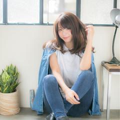 ダークアッシュ 艶髪 レイヤーカット ストリート ヘアスタイルや髪型の写真・画像