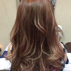 ロング ガーリー ハイライト ヘアスタイルや髪型の写真・画像