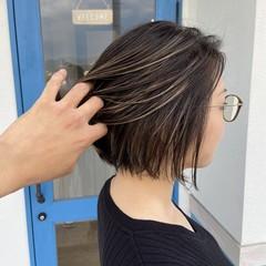 コントラストハイライト エレガント かっこいい こなれ感 ヘアスタイルや髪型の写真・画像