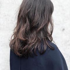エフォートレス ナチュラル フェミニン 前髪あり ヘアスタイルや髪型の写真・画像