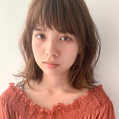 ゆるふわパーマ ロブ 大人かわいい アンニュイほつれヘア ヘアスタイルや髪型の写真・画像