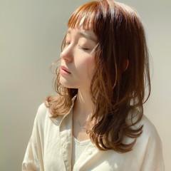 ミディアムレイヤー スウィングレイヤー ナチュラル 小顔ヘア ヘアスタイルや髪型の写真・画像