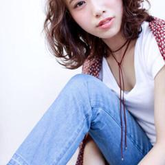 アッシュ 大人かわいい ゆるふわ フェミニン ヘアスタイルや髪型の写真・画像