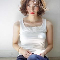 ゆるふわ ミディアム 外国人風 グラデーションカラー ヘアスタイルや髪型の写真・画像