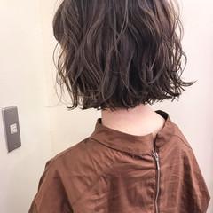 秋 ボブ ウェーブ 女子会 ヘアスタイルや髪型の写真・画像
