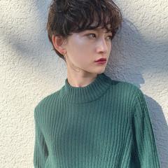 デート ショート パーマ アンニュイほつれヘア ヘアスタイルや髪型の写真・画像