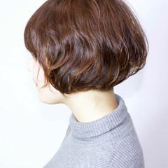 ショート ゆるふわ 大人かわいい パーマ ヘアスタイルや髪型の写真・画像