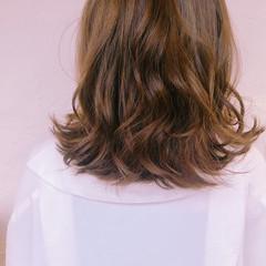 セミロング オフィス デート ヘアカラー ヘアスタイルや髪型の写真・画像