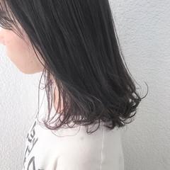 ミディアム グレージュ ナチュラル 外国人風カラー ヘアスタイルや髪型の写真・画像