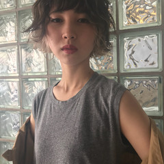 ブリーチ 外国人風カラー アンニュイ インナーカラー ヘアスタイルや髪型の写真・画像