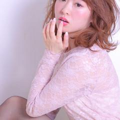 セミロング アンニュイ かわいい 色気 ヘアスタイルや髪型の写真・画像