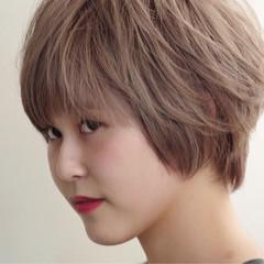 外国人風 リラックス アウトドア ブリーチ ヘアスタイルや髪型の写真・画像