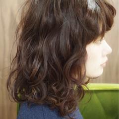 ゆるふわ ピュア ミディアム ワイドバング ヘアスタイルや髪型の写真・画像