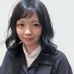 グラデーションカラー ミディアム ブルー ハイライト ヘアスタイルや髪型の写真・画像
