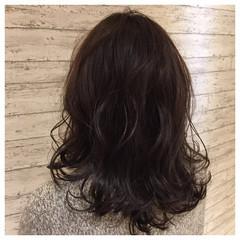 暗髪 大人かわいい ガーリー こなれ感 ヘアスタイルや髪型の写真・画像