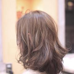 冬 大人かわいい リラックス ナチュラル ヘアスタイルや髪型の写真・画像