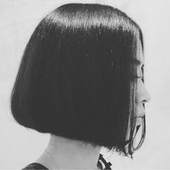 耳かけ ボブ 大人女子 ワンレングス ヘアスタイルや髪型の写真・画像