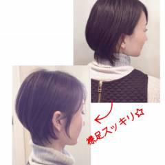小顔 耳かけ ショート ナチュラル ヘアスタイルや髪型の写真・画像