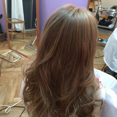 ハイライト ロング アッシュ ストリート ヘアスタイルや髪型の写真・画像