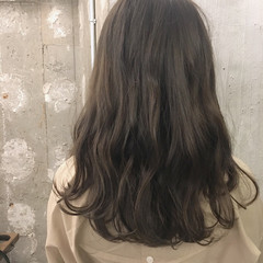結婚式 ミディアム 冬 オフィス ヘアスタイルや髪型の写真・画像