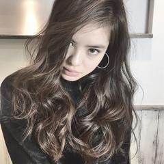 外国人風 モード パーマ ロング ヘアスタイルや髪型の写真・画像
