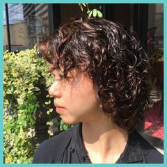 ストリート 外国人風 ウェーブ ミディアム ヘアスタイルや髪型の写真・画像