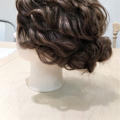 波ウェーブ 大人かわいい 結婚式 ロング ヘアスタイルや髪型の写真・画像