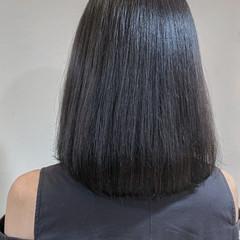 グレージュ 透明感カラー シルバー ミディアム ヘアスタイルや髪型の写真・画像