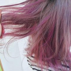 ピンク グラデーションカラー ミディアム ストリート ヘアスタイルや髪型の写真・画像