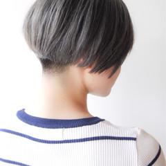 モード ショート 刈り上げ 大人かわいい ヘアスタイルや髪型の写真・画像