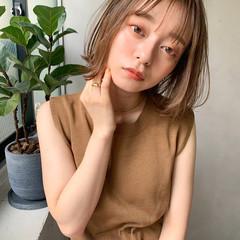 アンニュイほつれヘア レイヤーカット ミディアム 前髪あり ヘアスタイルや髪型の写真・画像