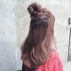 イルミナカラー セミロング ハーフアップ 外国人風 ヘアスタイルや髪型の写真・画像