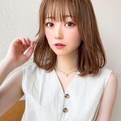 ミディアムレイヤー 前髪パーマ ナチュラル 小顔ヘア ヘアスタイルや髪型の写真・画像