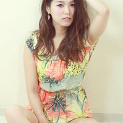 ストリート 外国人風 パーマ 大人かわいい ヘアスタイルや髪型の写真・画像