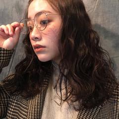 ナチュラル ヘアアレンジ 外国人風 波ウェーブ ヘアスタイルや髪型の写真・画像