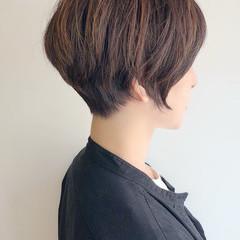 ショートマッシュ ハイライト 小顔ショート ナチュラル ヘアスタイルや髪型の写真・画像