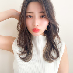 韓国ヘア ナチュラル 前髪なし セミロング ヘアスタイルや髪型の写真・画像