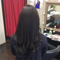 ナチュラル トリートメント アッシュグレージュ 髪質改善 ヘアスタイルや髪型の写真・画像