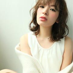 大人かわいい 暗髪 セミロング 外国人風 ヘアスタイルや髪型の写真・画像