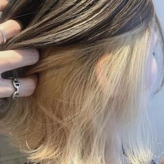 インナーカラーシルバー ボブ イヤリングカラー ガーリー ヘアスタイルや髪型の写真・画像