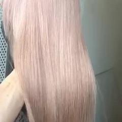 ミルクティーベージュ ピンクベージュ アッシュベージュ ロング ヘアスタイルや髪型の写真・画像