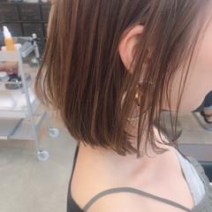 ボブ 透明感 ナチュラル イルミナカラー ヘアスタイルや髪型の写真・画像