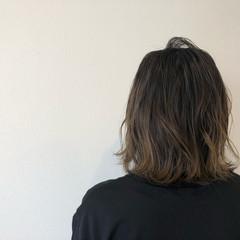 ミディアム ロブ ハイライト 外国人風 ヘアスタイルや髪型の写真・画像