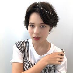 暗髪 アッシュグレージュ 透明感カラー 大人かわいい ヘアスタイルや髪型の写真・画像