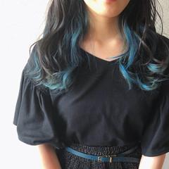 ストリート ターコイズ セミロング ターコイズブルー ヘアスタイルや髪型の写真・画像