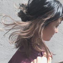 ストリート ハーフアップ インナーカラー ミディアム ヘアスタイルや髪型の写真・画像