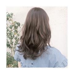 ウェーブ ナチュラル 簡単ヘアアレンジ リラックス ヘアスタイルや髪型の写真・画像