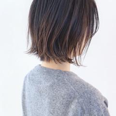 ナチュラル グラデーションカラー ナチュラルグラデーション アンニュイほつれヘア ヘアスタイルや髪型の写真・画像