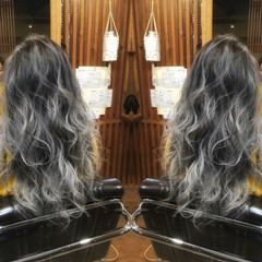 ロング 外国人風 グラデーションカラー ストリート ヘアスタイルや髪型の写真・画像